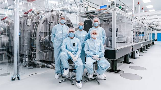 Laserový systém L3-HAPLS ve výzkumném centru ELI Beamlines v Dolních Břežanech na Praze-západ.
