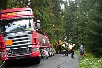 Nehoda kamionu mezi Zdislavicemi a Tehovem.