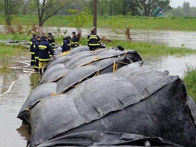 V  roce 2006 začal vznikat pro město Sázavu projekt na protipovodňová opatření.