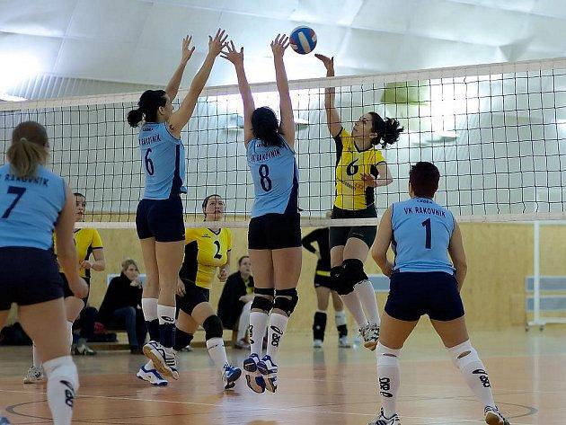 Benešovské volejbalistky neměly v rozhodujících sadách obou utkání pevné nervy ani štěstí, a tak s Rakovníkem dvakrát prohrály.