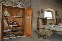 Výstava starých předmětů v nesperské tvrzi u příležitosti Svatovavřinecké pouti.