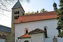 Kostel v Neustupově. Ilustrační foto.