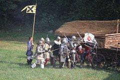 V Mrači se odehrála středověká bitva.