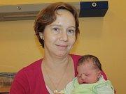 Manželé Lenka a David Moravcovi se 8. listopadu v 15.25 stali rodiči malé Julie. Na svět přišla s váhou 3,22 kilogramu a mírou 50 centimetrů. Doma v Uhříněvsi má sestřičku Lindu (3).