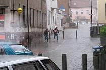 Přes Benešovsko se ve čtvrtek 11. června přehnala průtrž mračen