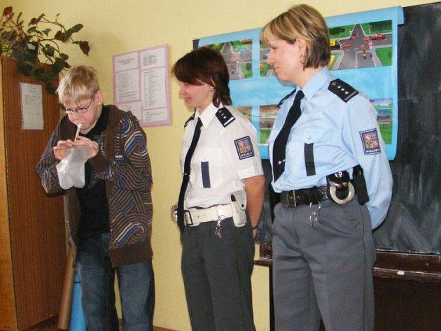 Školáci byli při besedě velmi aktivní