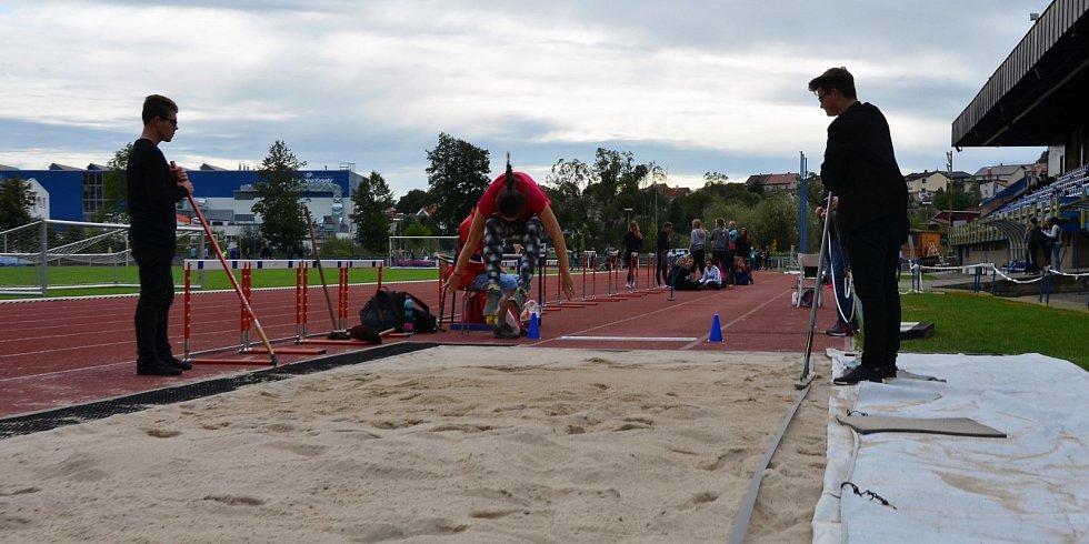 Středoškolský atletický pohár ve Vlašimi.