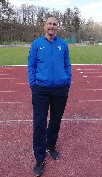 Trenér a předseda atletického oddílu Vlašimi Martin Svoboda.