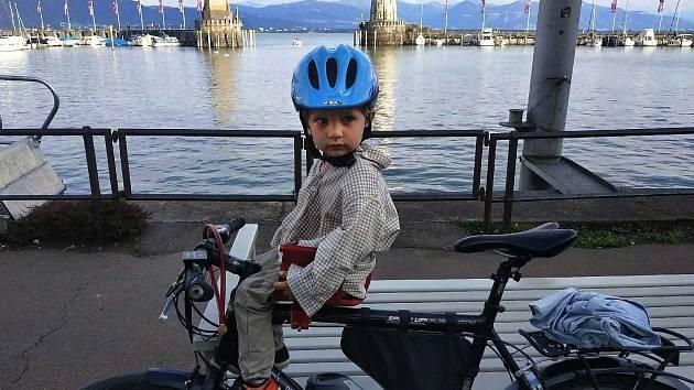 Cyklovýlet Milana Niklese z Pyšel po cyklostezkách až k Bodamskému jezeru.