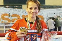 Nejcennější. Zlatá medaile z MS organizace FIRS v Argentině, víc se zatím talentované Kristýně Kaltounkové v inline hokeji získat nepovedlo.