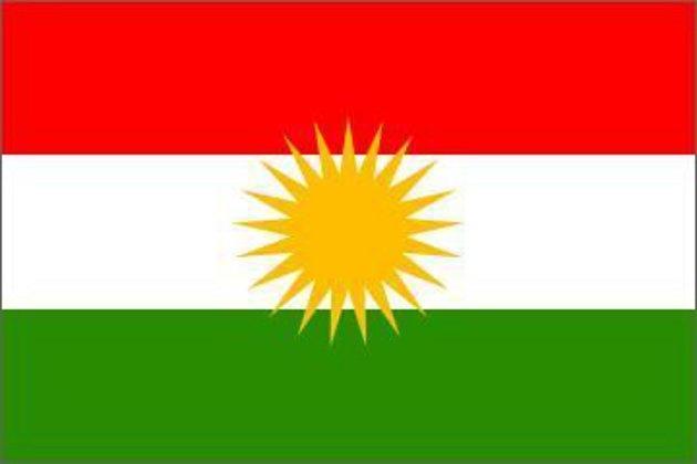 Kurdská vlajka.