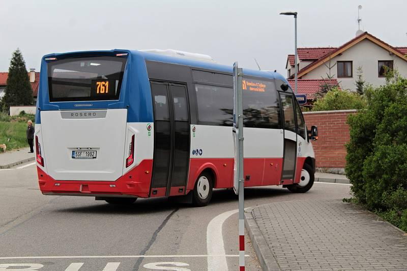 Oranžová linka číslo 1 MHD Benešov - zastávka K Tužince.