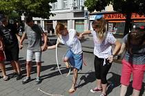 Den prevence závislostí na Masarykově náměstí v Benešově.
