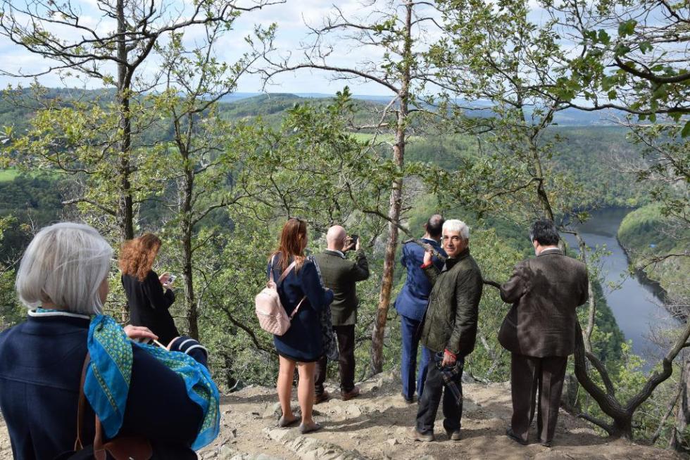 Velvyslanci viděli krásy i technologie ze Středočeského kraje.