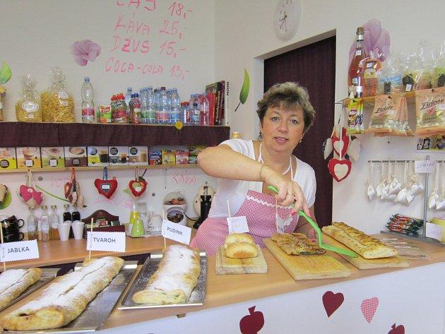 Eva Brabcová, pekařka štrúdlů zJablonné nad Vltavou.