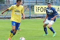 Nulové konto v podobě gólů na kontě Benešova v posledních dvou zápasech nezměnil ani Kamil Kulhavý (ve žlutém).