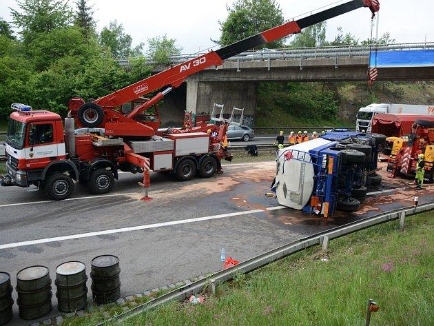 Tragická nehoda ochromila provoz na brněnské dálnici u Hrusic