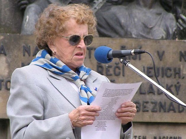 Věra Žahourková.