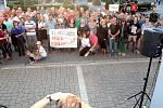 Milion chvilek pro demokracii na benešovském Masarykově náměstí 21. srpna 2019.