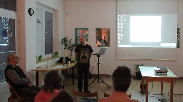 Z přednášky Přemysla Petráka o včelách ve Spolkovém domě ve Vlašimi.