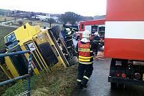 Dopravní nehoda u Struhařova.