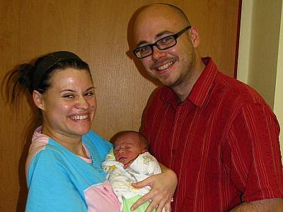 Dne 21. listopadu ve 13.30 se manželům Janě a Pavlu Haškovým z Mnichovic narodil, syn Jan. Na chlapce, který přišel na tento svět s  porodní váhou 2,87 kg a mírou 48 cm se doma těší už všichni příbuzní a známí.