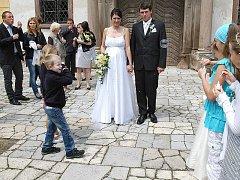 Svatba Michaely Šabatové z Třebešic a Ondřeje Hoffmana ze Zdebuzevsi.