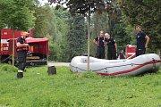 Cvičení složek IZS v Konopišti se zaměřilo na zachraňování tonoucího.