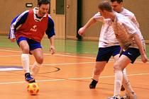Ze zápasu okresního přeboru FC Tempo Bn - Best Bn