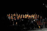 Vánoční sešlost v Sázavě: koncert jazzového orchestru Jaroslava Ježka a pěveckého sboru Střední odborné pedagogické školy v Čáslavi.