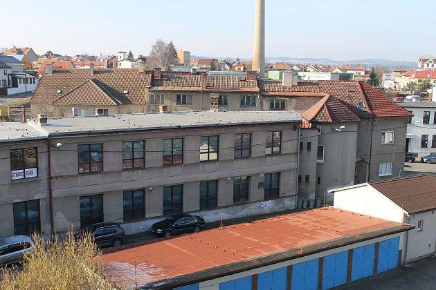 Budova v Tovární ulici, v které by bylo vybudování komunitního centra ideální.