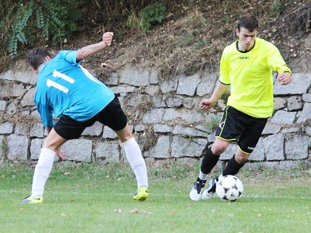 Zápas Mezna s SK Načeradec skončil nerozhodně 2:2, když domácí vyrovnali v závěru.