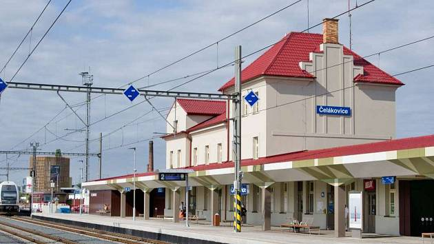Nádraží v Čelákovicích.