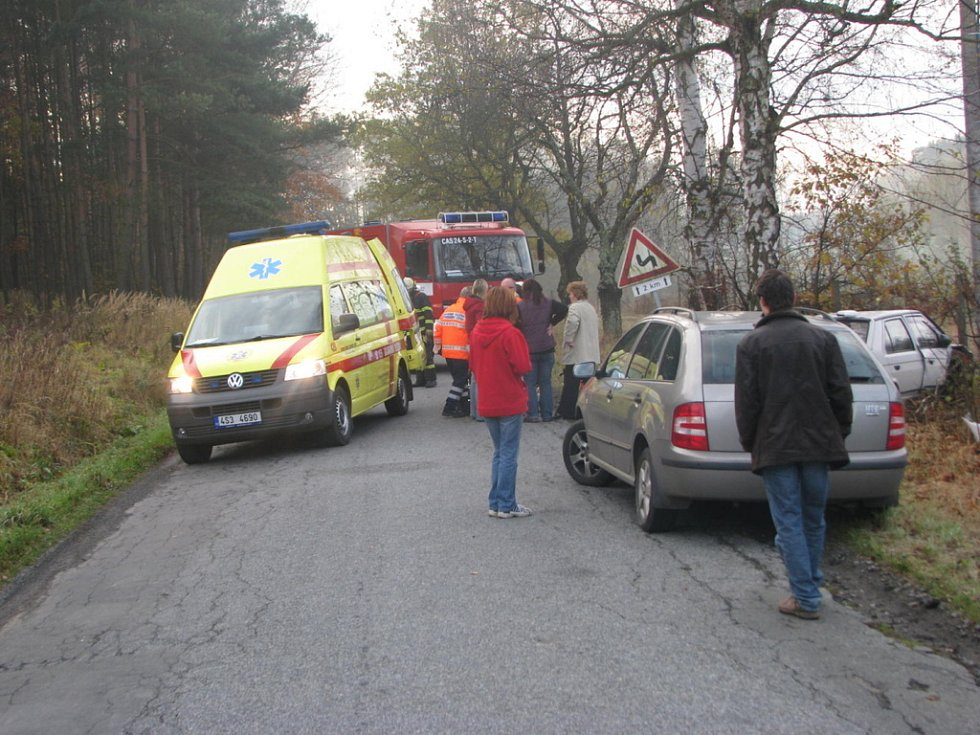 Sobotní nehoda se stala na přehledném úseku. Na vozovce nebyly stopy po brzdění