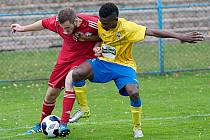 Budge Manzia z Konga, který vypomáhal Benešovu z Dukly Praha, pomohl domácím k výhře s Louňovicemi druhým gólem.