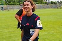 Stále usměvavá Lucie Ratajová vyráží do Ria.