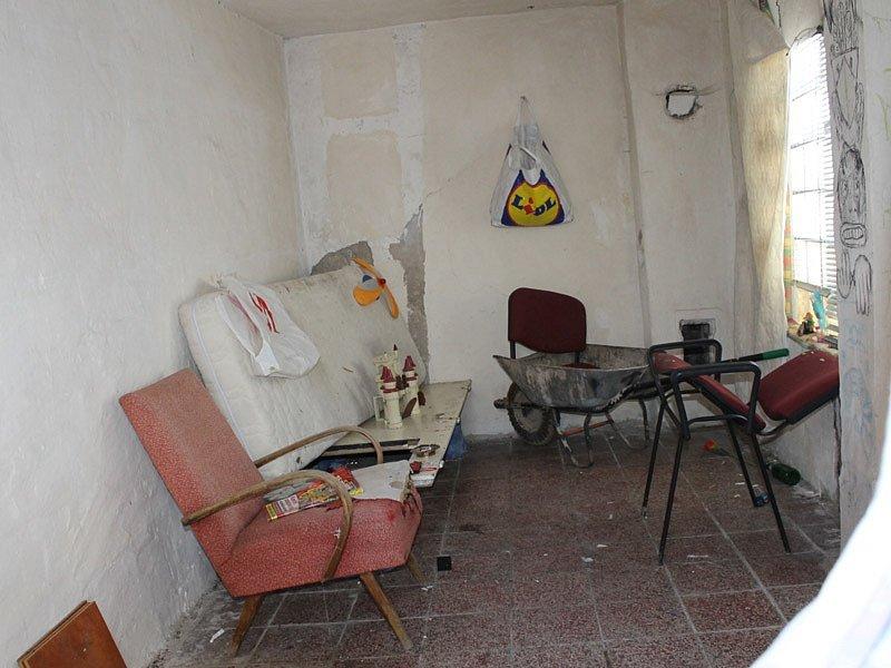 Preventivní kontrola brlohů bezdomovců, kteří nevyužívají denní nízkoprahové centrum a noclehárnu.