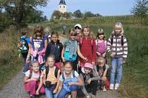 Prázdninový příměstský tábor v ZŠ Jiráskova - turistický pochod na Chvojen.