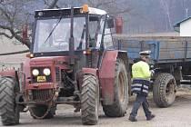 Dopravní policisté ve čtvrtek kontrolovali venkovské silničky.