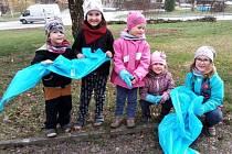 V rámci projektu Ukliďme Česko uklízeli dobrovolníci pod taktovkou místního Okrašlovacího spolku Miličínsko.