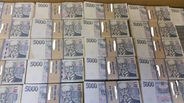 Stamilionové krácení daní v oblasti agenturního zaměstnávání: v rámci provedených úkonů došlo k zajištění majetku v hodnotě cca 120 milionů korun (cca 44 milionů korun bylo v hotovosti).