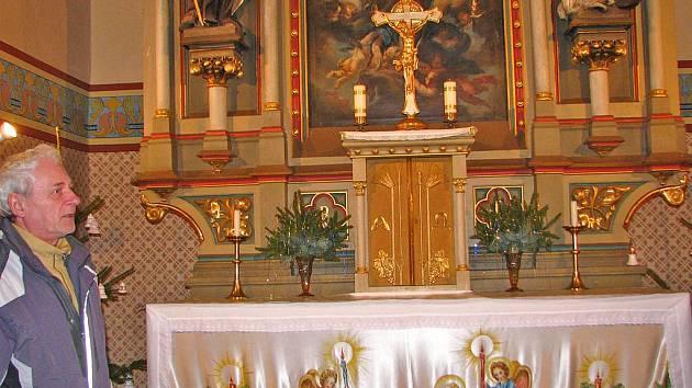 Kostel sv. Jakuba ve Vojkově.