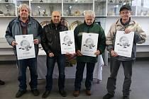 Čeští mototuristé byli oceněni v Týnci nad Sázavou.