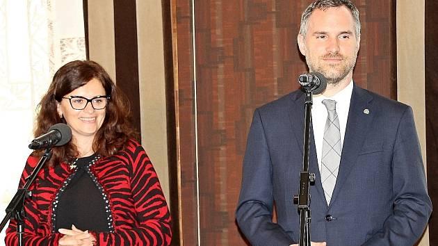 Tisková konference hejtmanky Jaroslavy Pokorné Jermanové (ANO) a pražského primátora Zdeňka Hřiba (Piráti) po společném jednání.