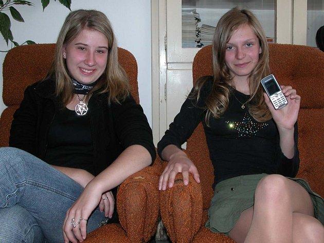 Barbora Kristenová a Romana Křížová.