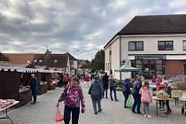 Poslední letošní farmářské trhy v Bystřici u Benešova.