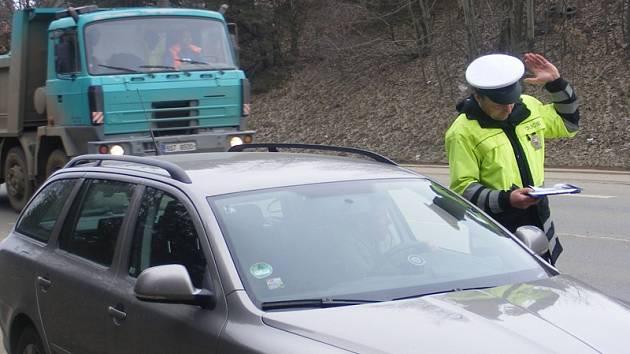 Řešení dopravního přestupku na silnici I/3 u Radošovic.