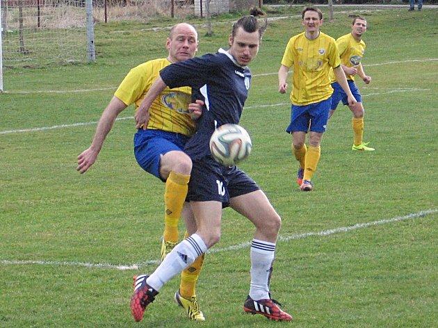 Místní derby Poříčí nad Sázavou versus Nespeky se hrálo v I. B třídě, v I. A třídě a teď se týmy střetnou i v Krajském přeboru.