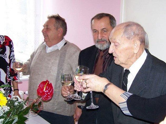 Ve výborné kondici oslavil 103. narozeniny  Jan Kulich z Načeradce