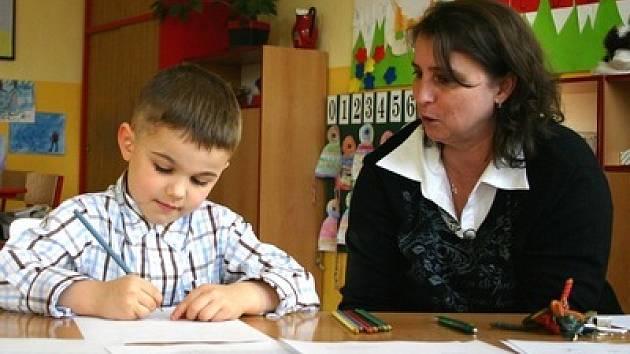 Budoucí prvňáčci předvede při zápisu do základní školy základní znalosti a dovednosti